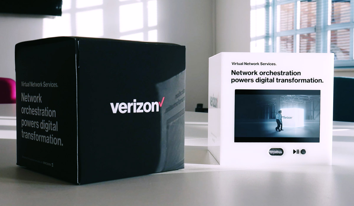 Verizon cube direct mail piece and outer box